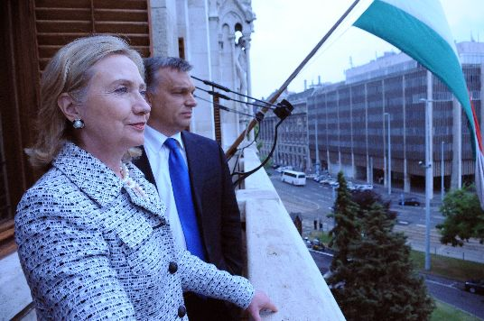 Secretary Clinton and Hungrarian Prime Minister Orbán Talk on a Balcony at the Hungarian Parliament