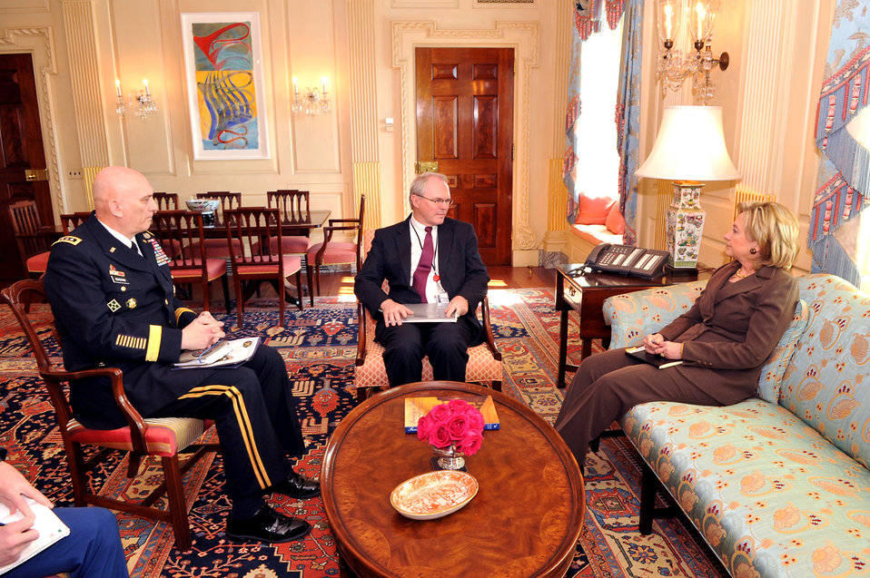 Secretary Clinton Meets With U.S. Ambassador to Iraq and Commanding General, Multi-National Force-Iraq