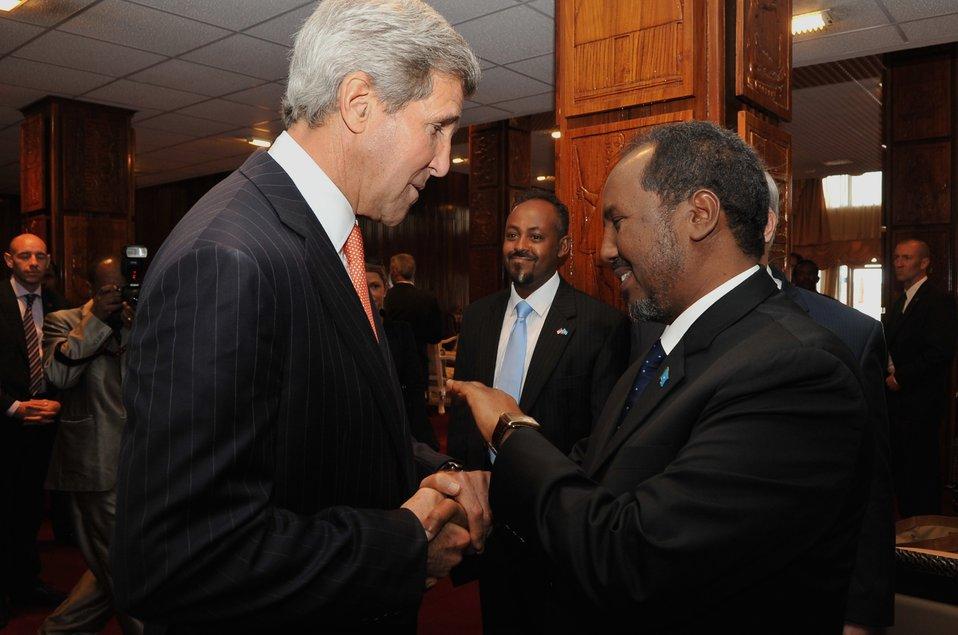 Secretary Kerry, Somali President Mohamud Meet in Ethiopia