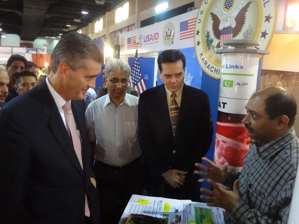US Ambassador's visit to The Agribusiness Project at TDAP Expo, Karachi, September 27, 2013 (7)