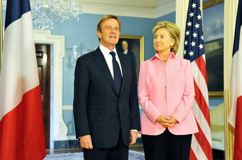 Secretary Clinton Meets With French Foreign Minister