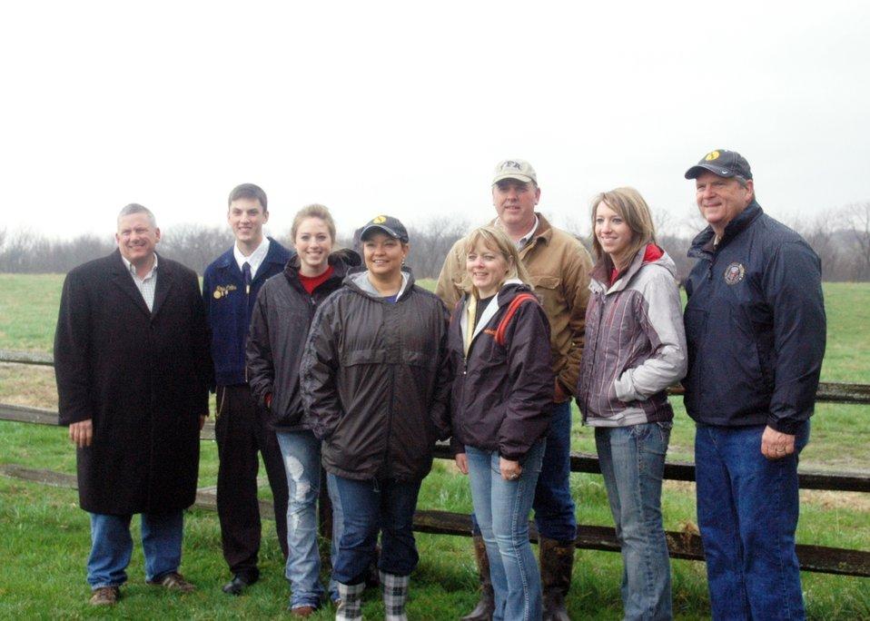 EPA, USDA, Iowa Dept of Agriculture group photo at Collins Farm, IA