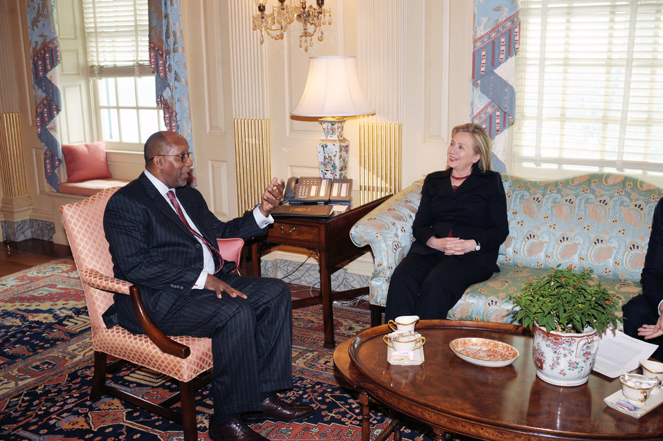Secretary Clinton Meets With U.S. Trade Representative Kirk
