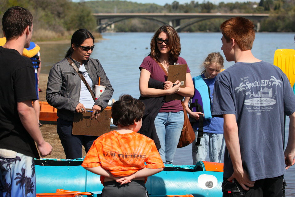 Judging boat regatta entrants for design and construction