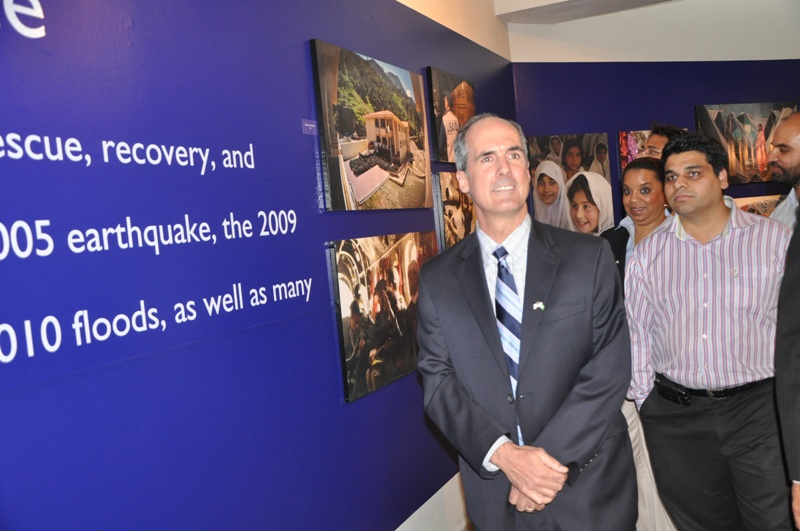 USAID Provinicial Mission Director Punjab at the Retrospective Exhibition