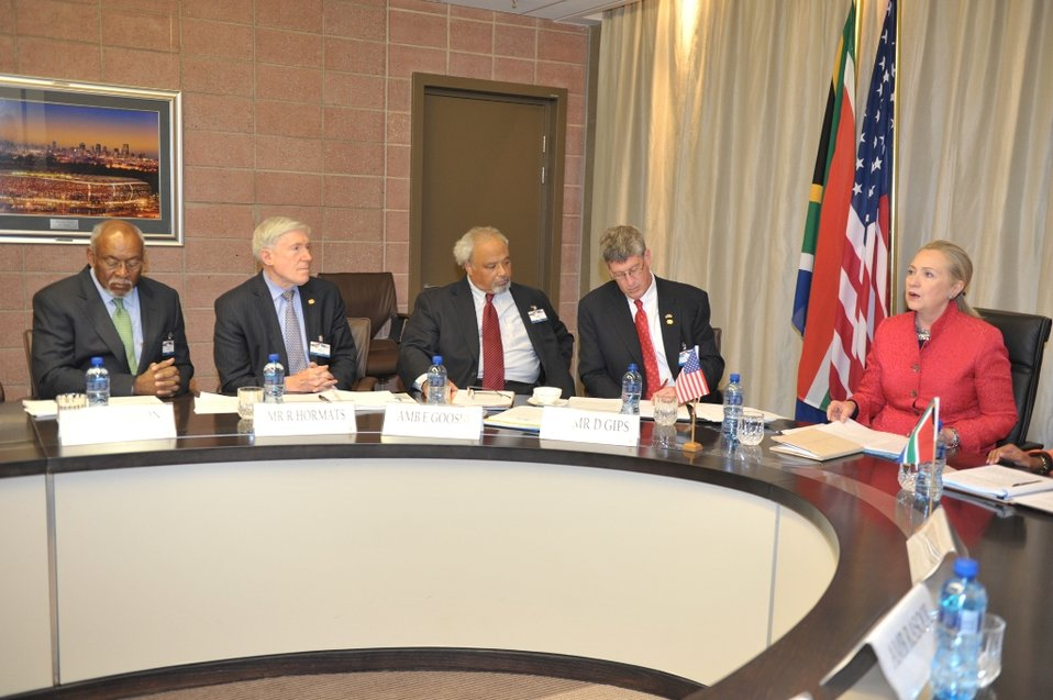 Secretary Clinton Meets With South African International Relations and Cooperation Minister Nkoana-Mashabane