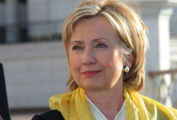 Secretary Clinton Outside the Kul Sharif Mosque