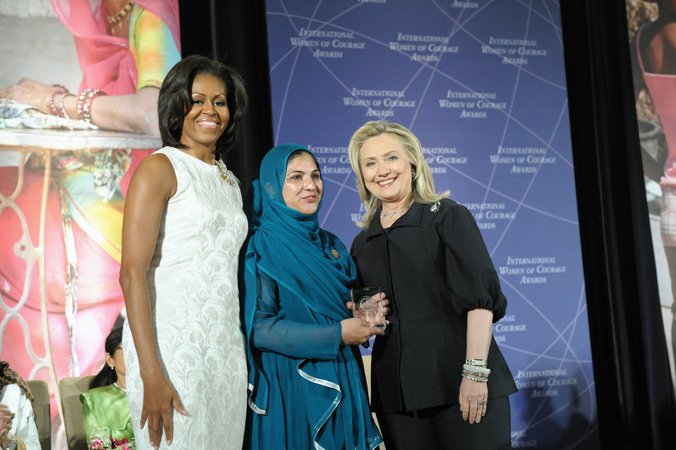 Secretary Clinton and First Lady Obama With 2012 IWOC Award Winner Shad Begum of Pakistan