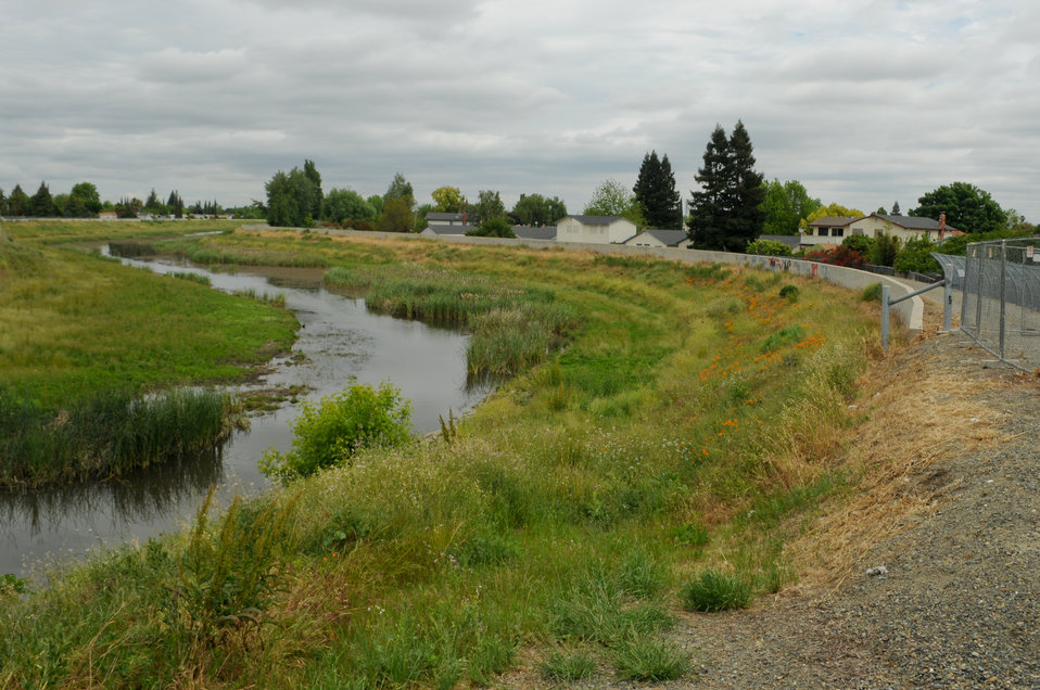 Corps begins flood wall work at Morrison Creek in south Sacramento