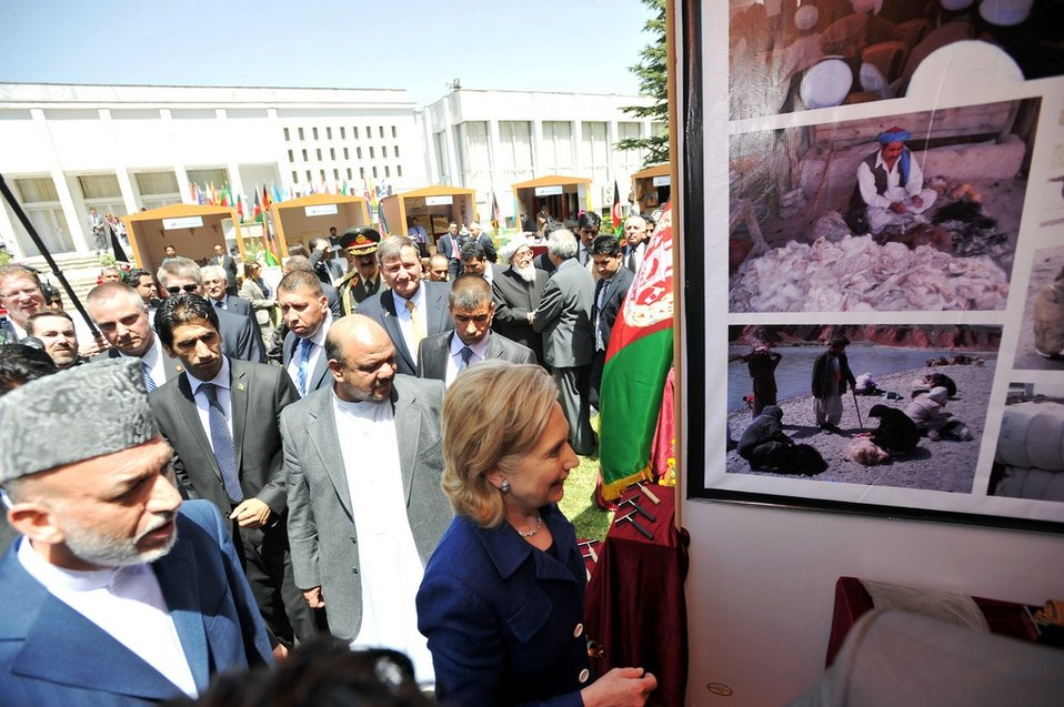 Secretary Clinton and Afghan President Karzai Tour an Afghan Cultural and Business Exhibition