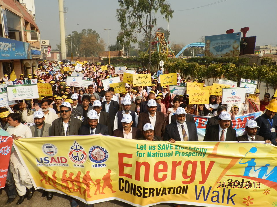 USAID organises Energy Conservation Walk in Faisalabad