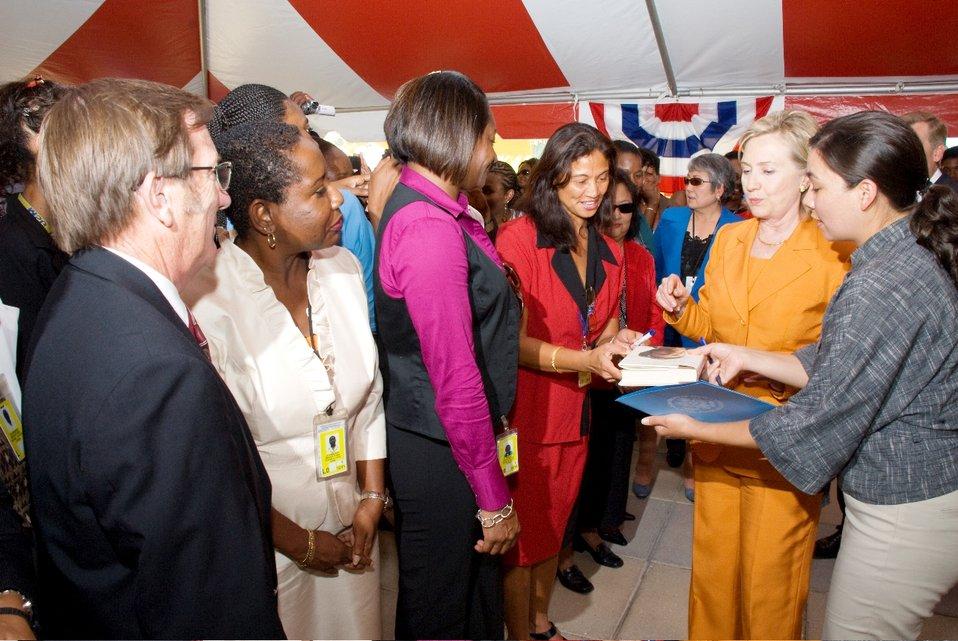 Secretary Clinton Meets With U.S. Embassy Bridgetown Staff and Families