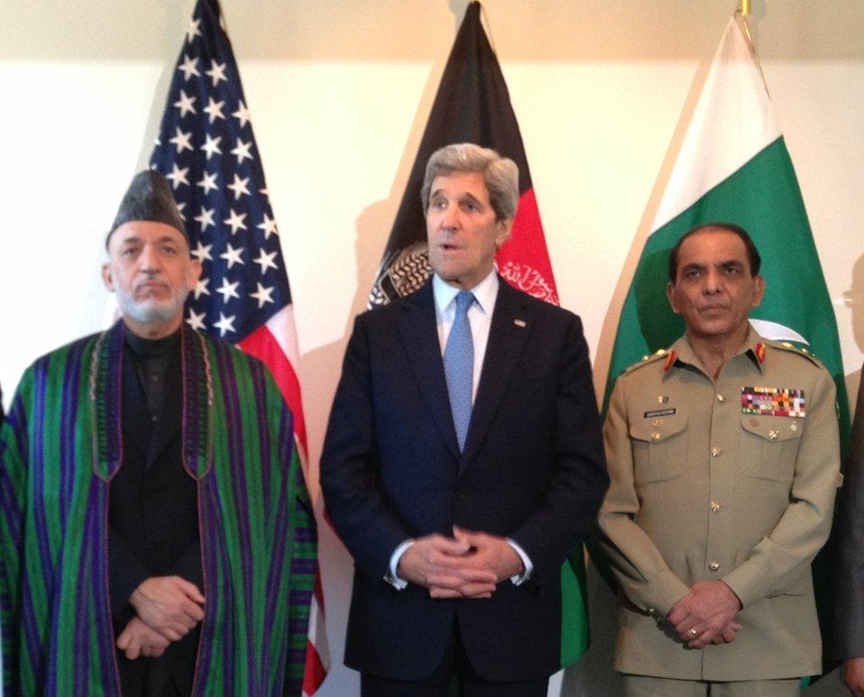 Secretary Kerry With President Karzai and General Kayani