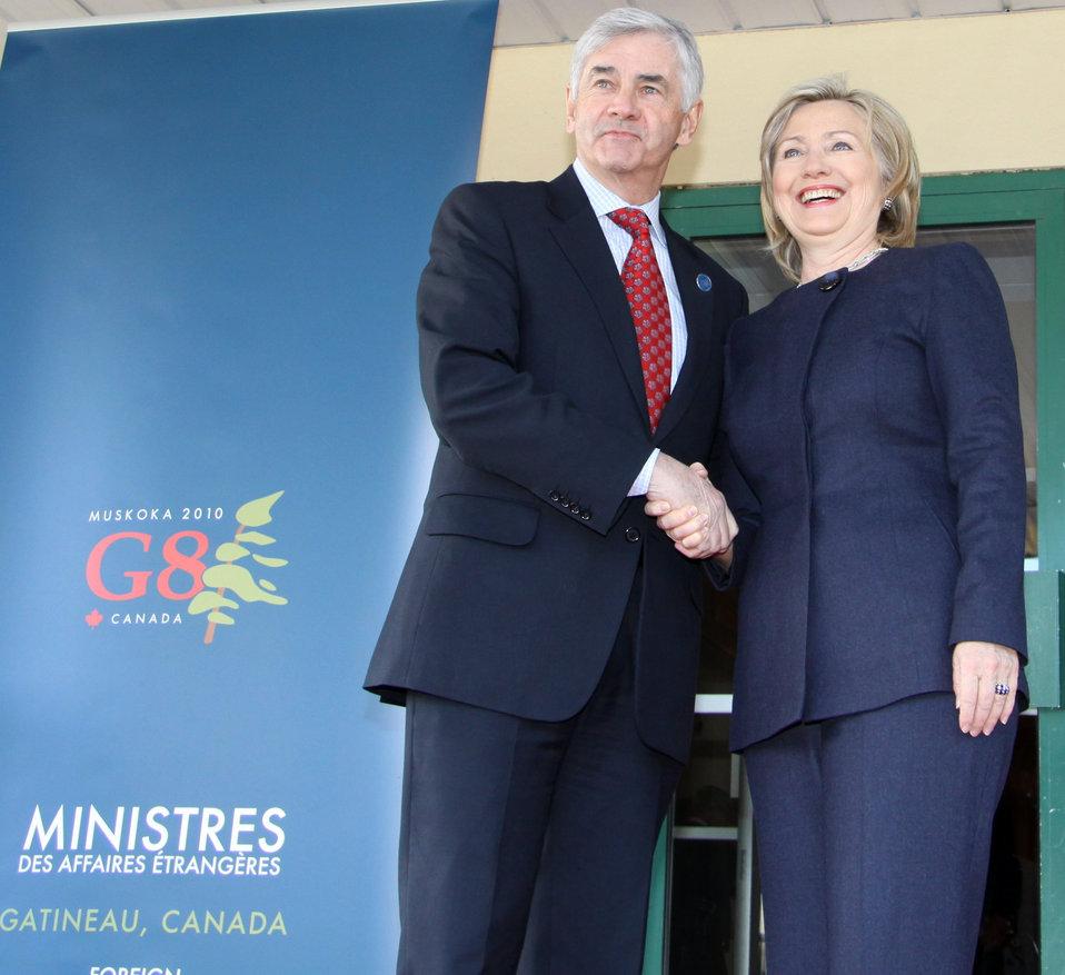 Secretary Clinton Meets With Canadian Foreign Minister
