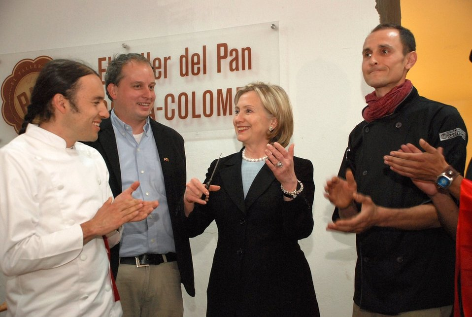 Secretary Clinton Visits Escuela Taller de Bogotá