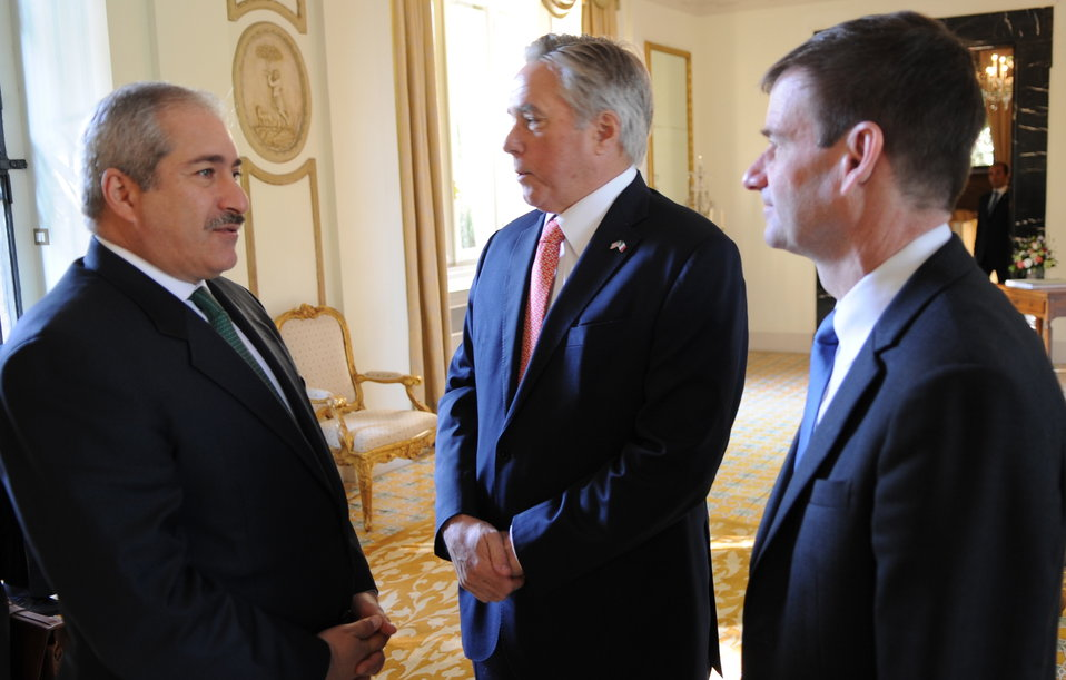 Jordanian Foreign Minister Judeh Chats With Special Envoy Hale