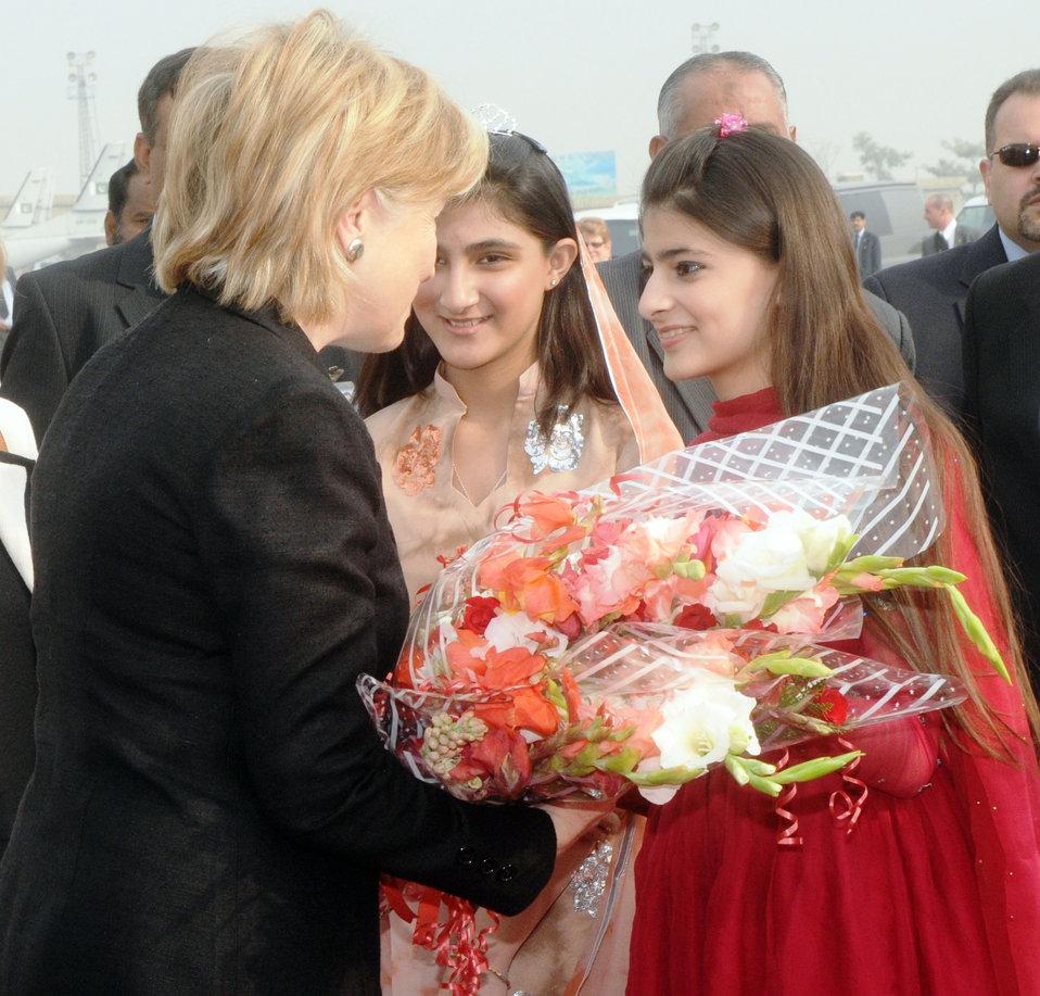 Secretary Clinton Arrives in Pakistan