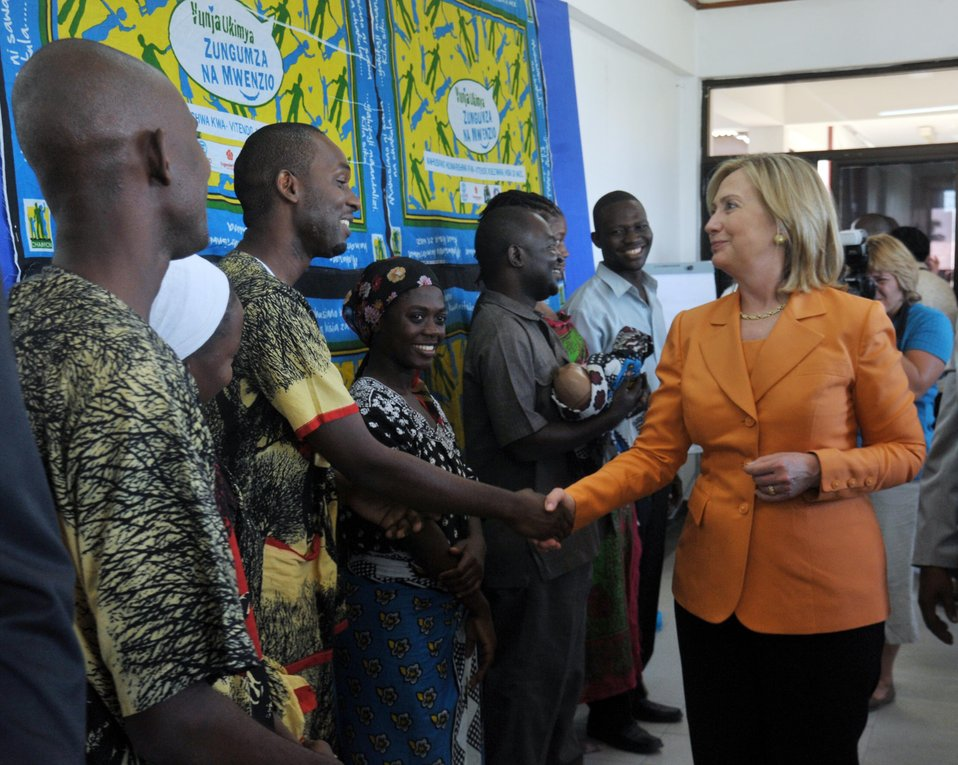 Secretary Clinton Meets With Patients and Health Workers