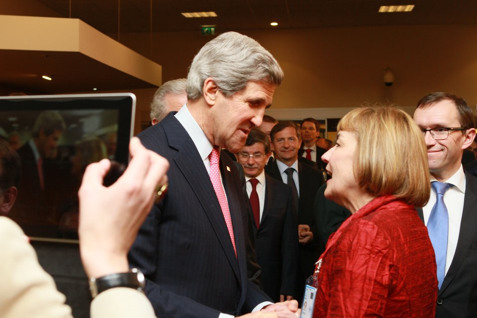 Secretary Kerry Speaks With Croatian Foreign Minister Pusic