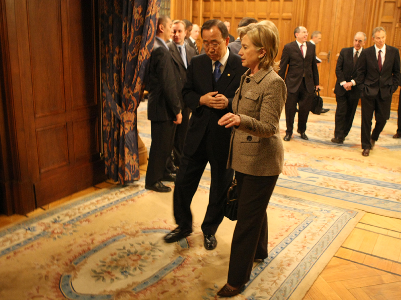 Secretary Clinton Speaks With UN Secretary-General Ban