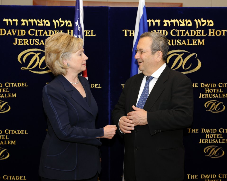 Secretary Clinton Meets With Israeli Minister of Defense