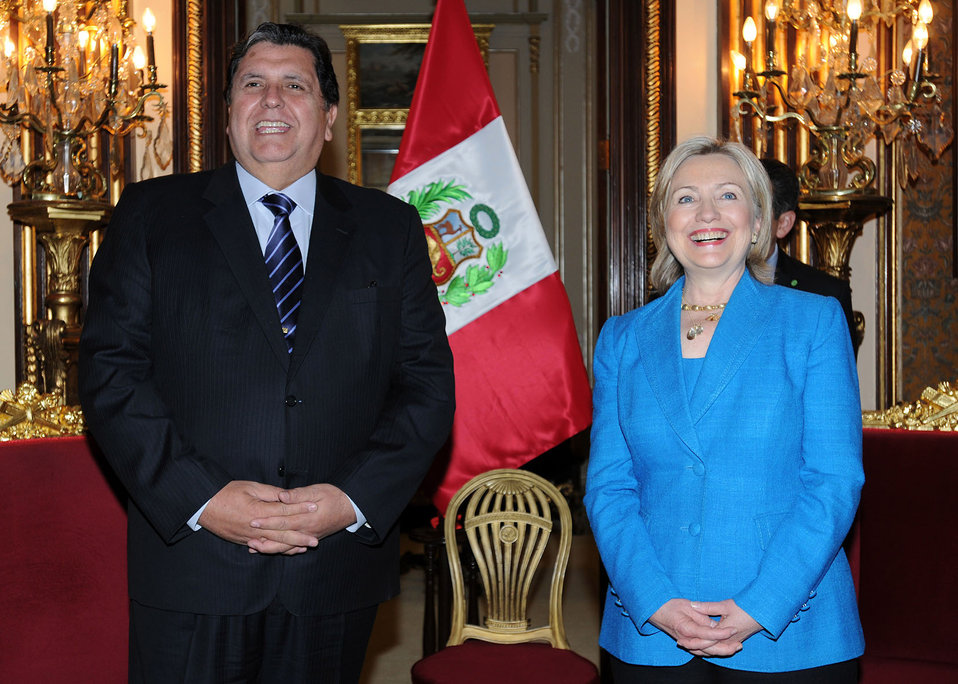 Secretary Clinton Meets With Peruvian President