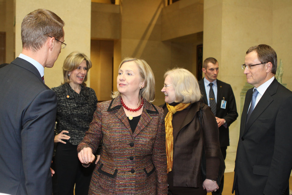 Secretary Clinton Speaks With Finnish Foreign Minister Stubb
