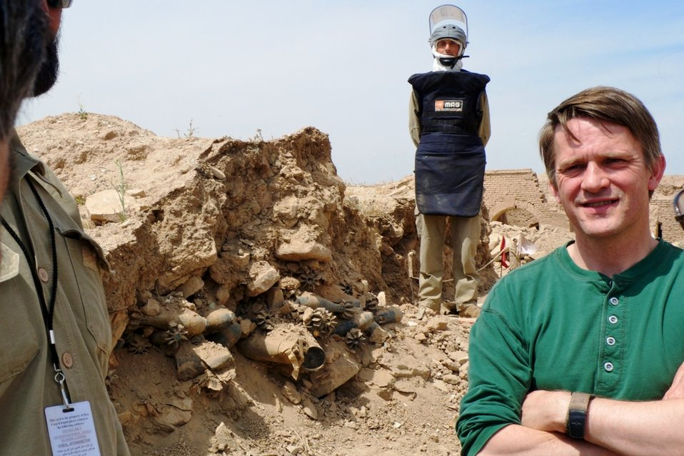 PDAS Countryman Removes Landmines in Afghanistan