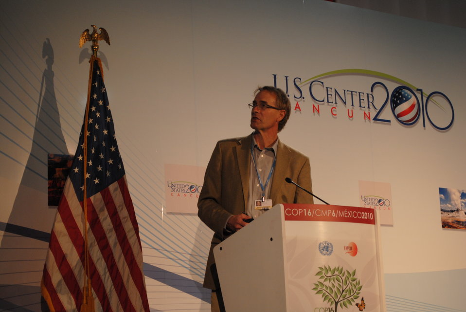 Dr. Keith Paustian Addresses the U.S. Center