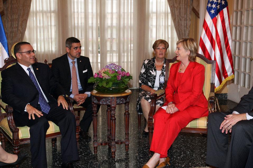 Secretary Clinton Meets New President of El Salvador