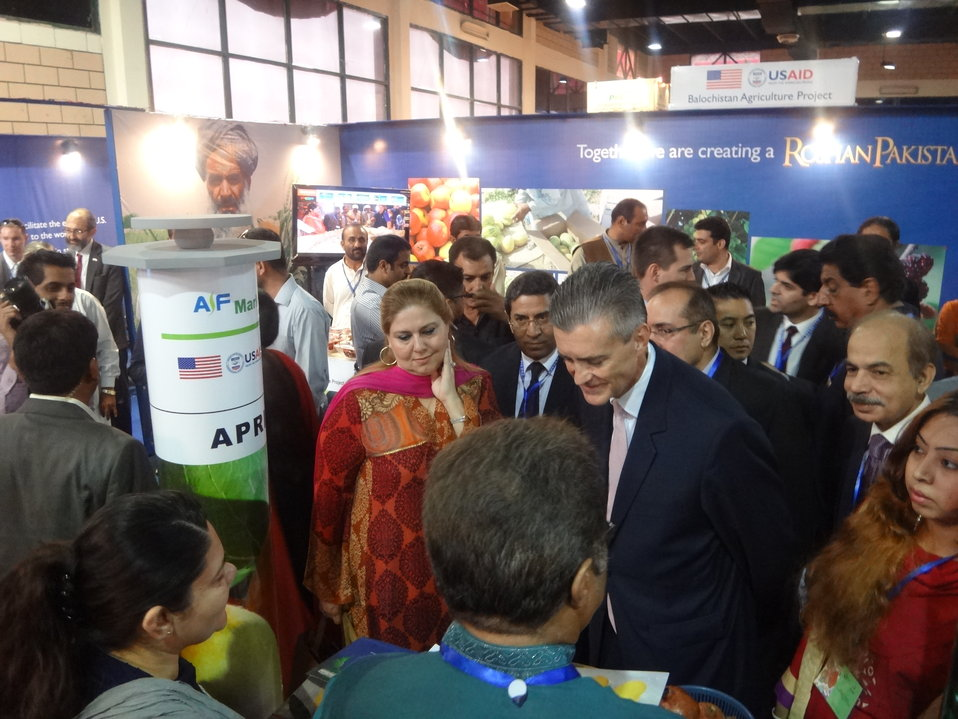 US Ambassador's visit to The Agribusiness Project at TDAP Expo, Karachi, September 27, 2013 (4)