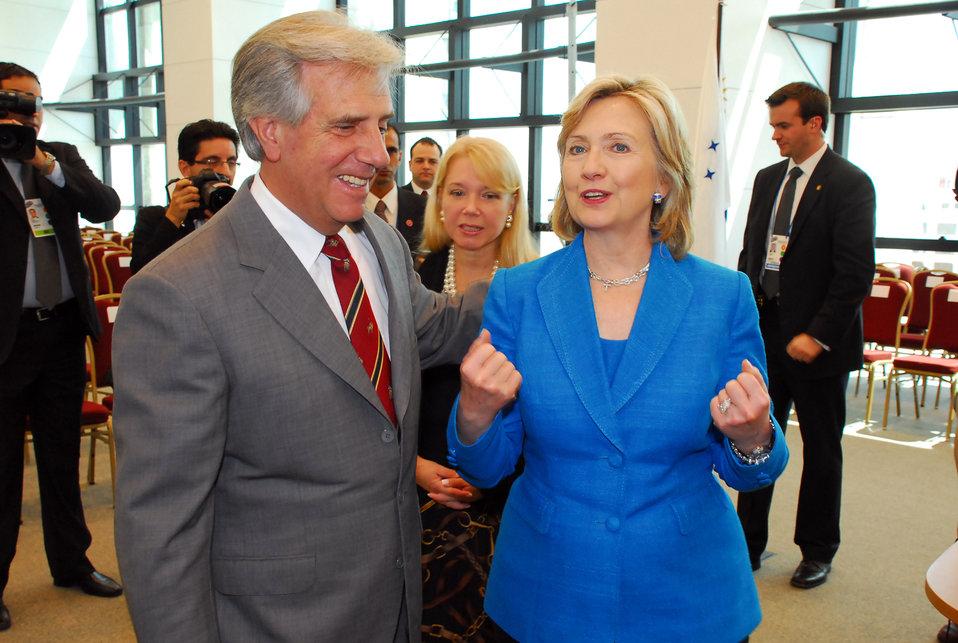Secretary Clinton Meets With Uruguay President