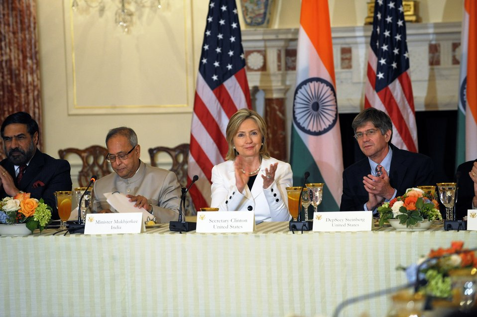 Secretary Clinton Delivers Opening Remarks at U.S.-India CEO Forum Luncheon