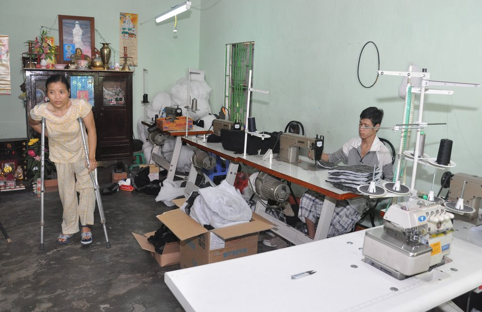 USAID supports training on livelihood skills for persons with disabilities in Danang.