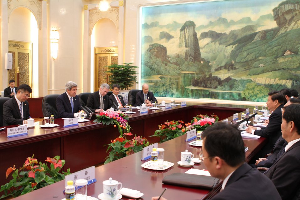 Secretary Kerry Meets with Chinese President Xi Jinping