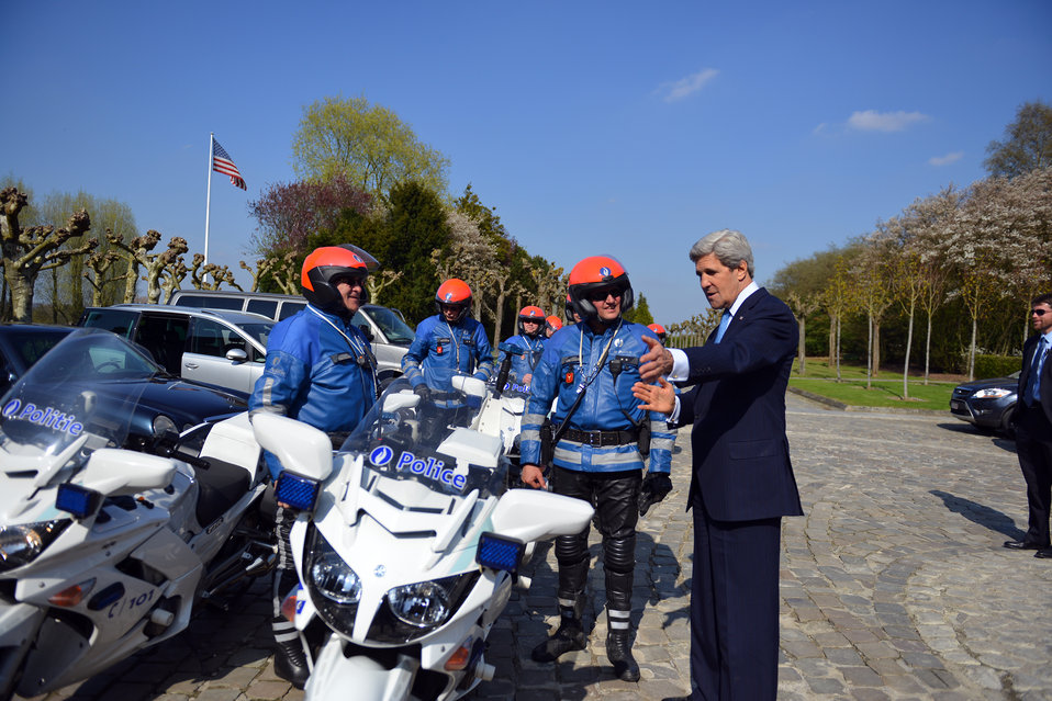 Secretary Kerry Chats With Belgian Police Officers