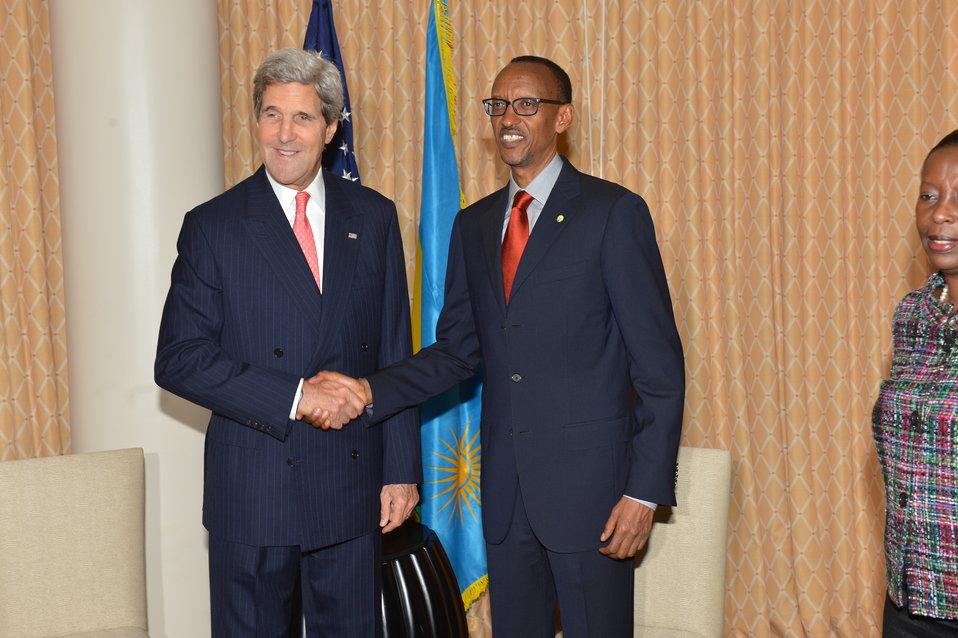 Secretary Kerry Meets With Rwandan President Kagame
