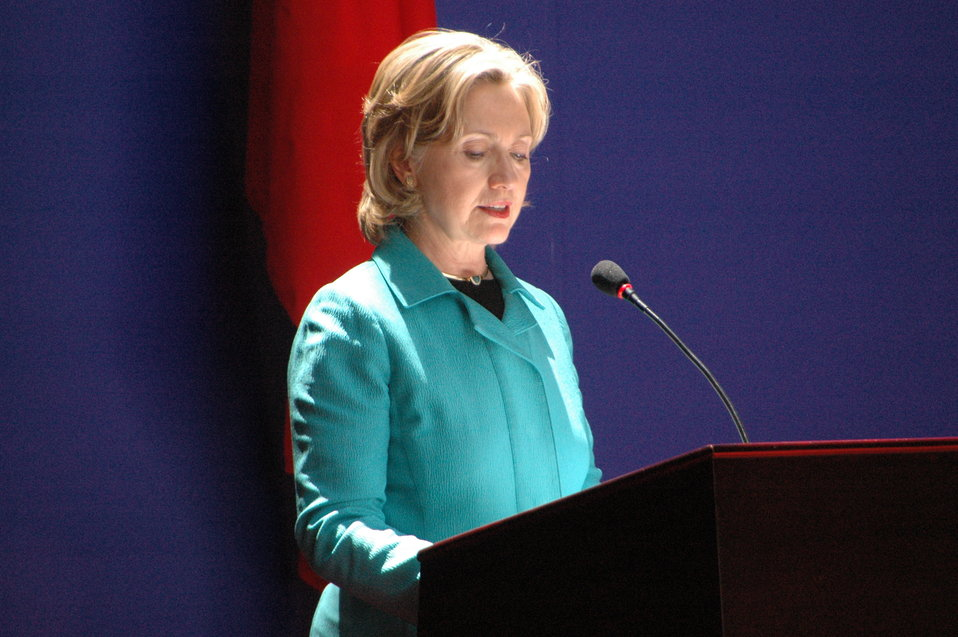 Secretary Clinton Delivers Remarks at the People-to-People Exchange Ceremony