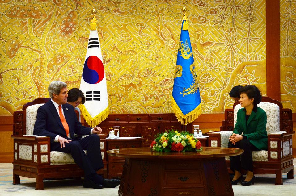 Secretary Kerry Meets With South Korean President Park Geun-hye