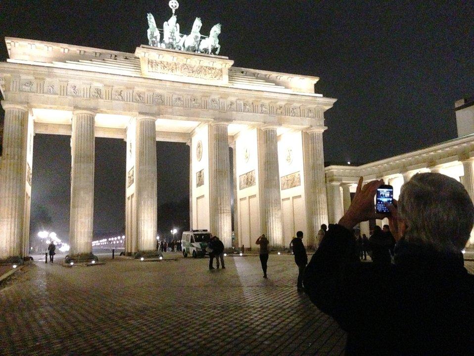 Secretary Kerry at the Brandenburg Gate