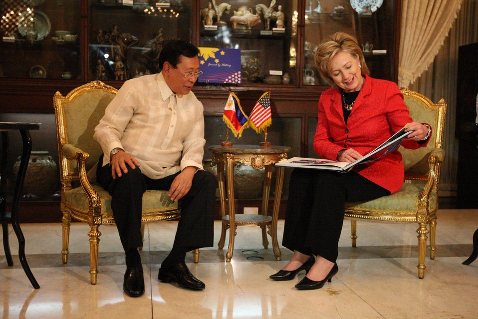 Secretary Clinton With Philippine Secretary of Foreign Affairs Alberto Romulo