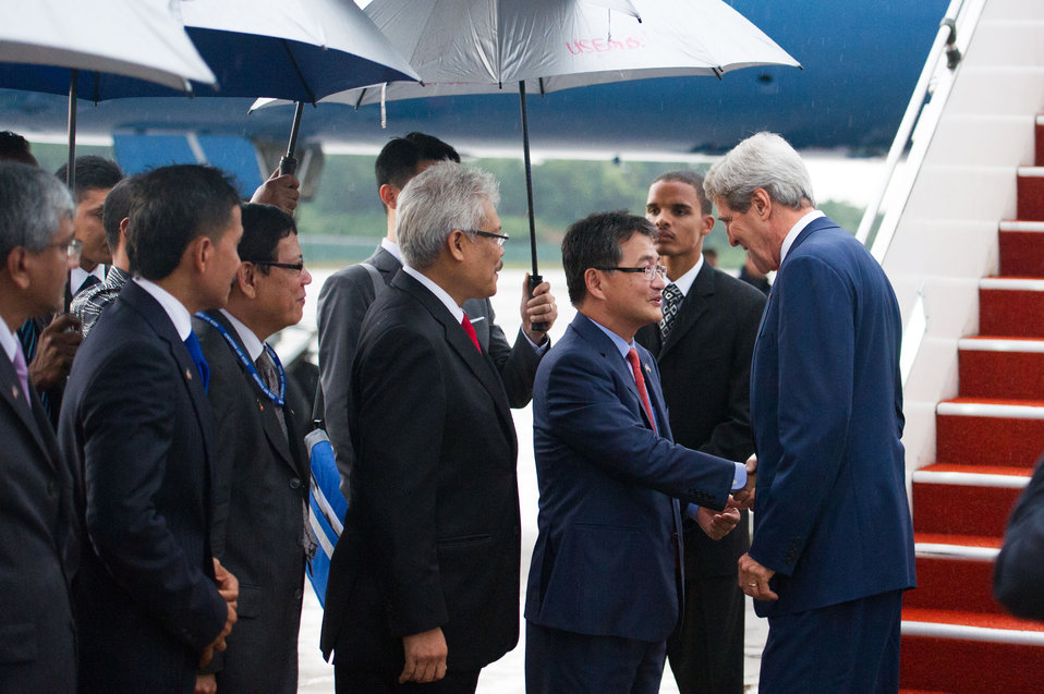 Secretary Kerry is Greeted by Ambassador Yun