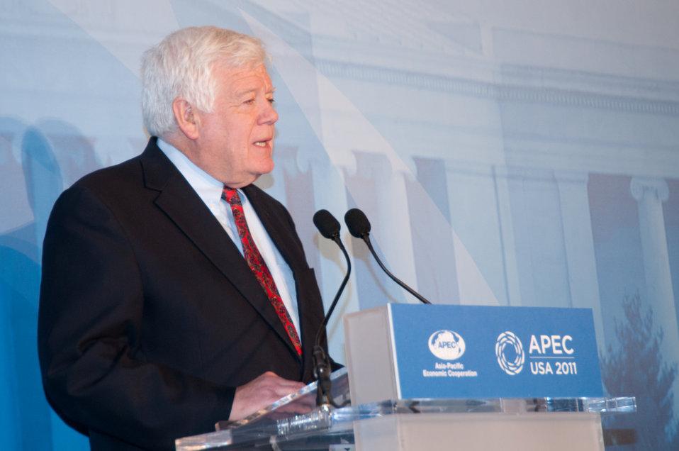 Congressman McDermott Speaks During Welcome Reception