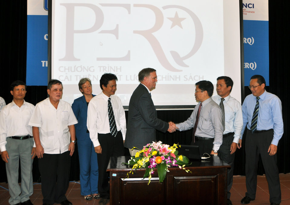 New public-public initiative in regulatory reform promotes growth: www.perq.vn