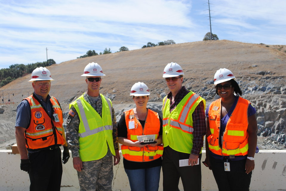 Congressman Dan Lungren with Col. Mike Wehr and Folsom Dam Joint Federal Project team members