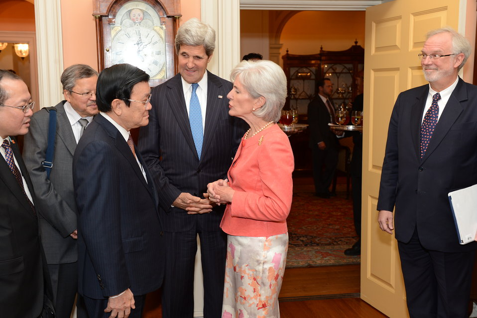 Secretaries Kerry and Sebelius Speak With Vietnamese President Truong Tan Sang