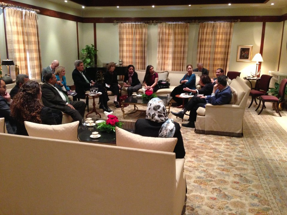 Secretary Kerry Meets With Civil Society Leaders in Egypt