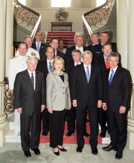 Secretary Gates, Secretary Clinton, Australian Foreign Minister Rudd, Australian Defense Minister Smith, and the AUSMIN Participants Pose for a Photo