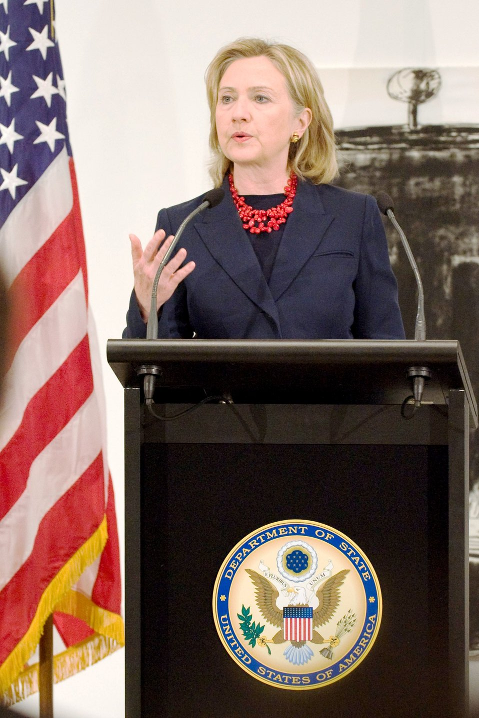 Secretary Clinton Delivers Remarks at Reception for U.S. Exporters