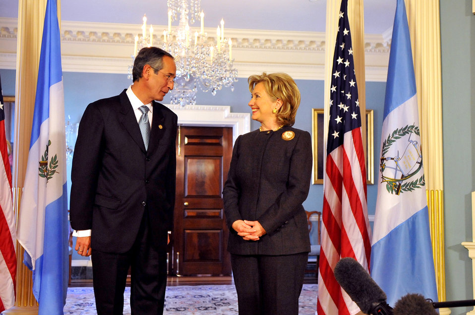 Secretary Clinton Meets With Guatemalan President